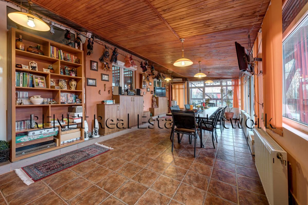 Vila cu teren 3500 mp in Peris, sat Balteni, Padurea Scrovistea cu comision 0%