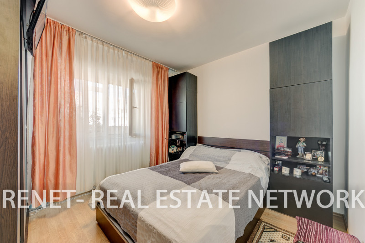 Apartament 3 camere Colentina stradal bloc 1979