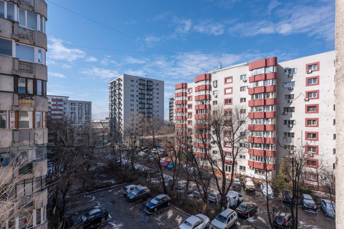 Panduri -13 Septembrie, apartament 3 camere luminos si primitor, comision 0%!