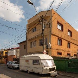 Vila spatioasa S+P+2 - str Iancu Jianu - Margeanului