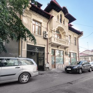 Spatiu birouri sau rezidenta 7 camere Mosilor Obor str Fainari 170 mp